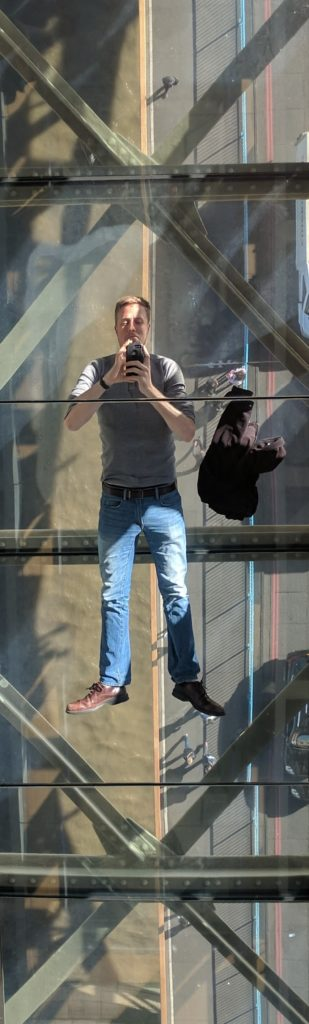 One side of the Tower Bridge observation deck has a glass floor and a mirror ceiling, so you can get a great selfie of yourself floating over the vehicle and pedestrian bridge.
